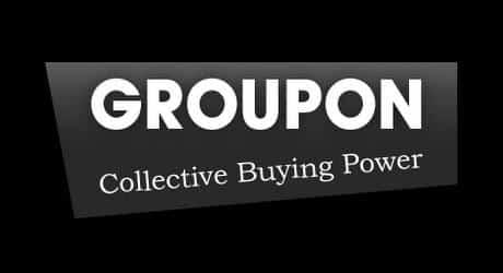 Site de compras coletivas é acusado de apresentar propostas falsas