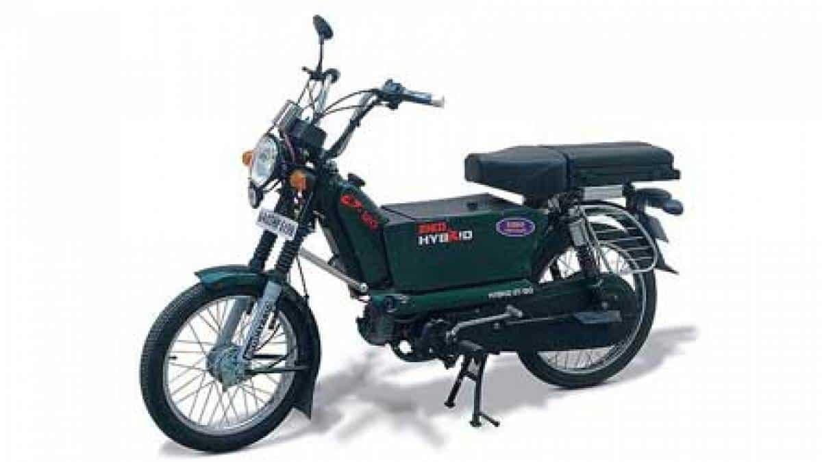 c5e80b21c87 Moto híbrida roda 120 km com 1 litro de gasolina