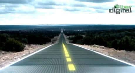 Estradas do futuro conduzindo eletricidade e internet de alta velocidade