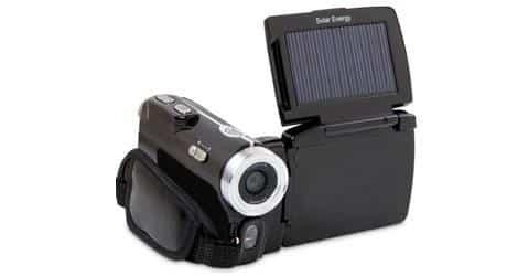 Câmera de vídeo pode ser recarregada com energia solar