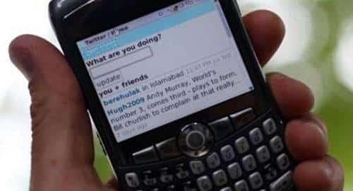 Twittando pelo celular