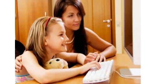 Pais e filhos no Facebook