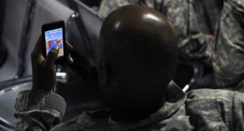 Exército e celular