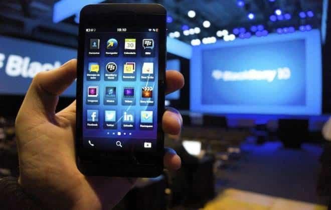 BlackBerry cogita abandonar mercado de smartphones