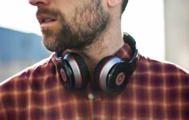 Oficial: Apple compra empresa de áudio Beats por US$ 3 bilhões