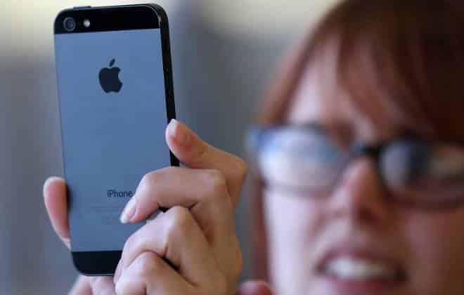 Celular vendido no Brasil tem 33% de imposto