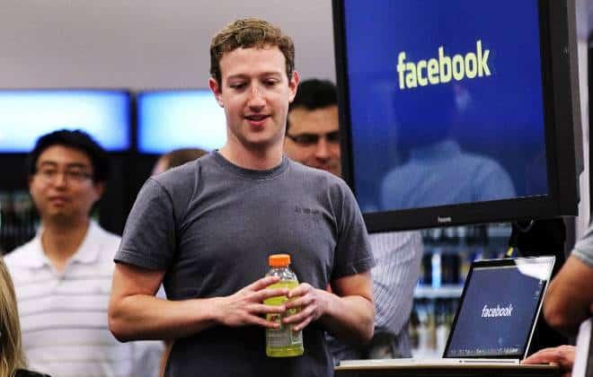 Facebook e Instagram passam 1 hora fora do ar