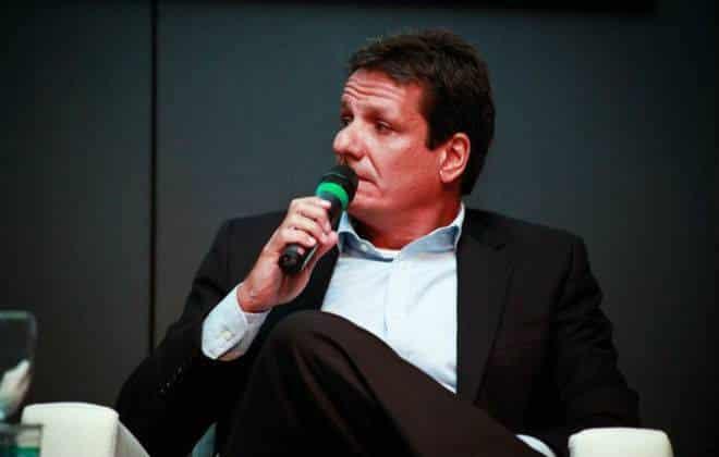 Facebook Brasil contrata diretor para varejo e e-commerce