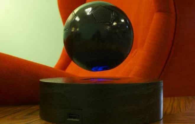 Empresa cria alto-falante Bluetooth flutuante