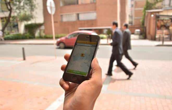 Após denúncias de assédio, apps de táxi vão permitir ocultar o número do celular