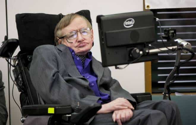 "Stephen Hawking: ""Inteligência artificial pode causar o fim da humanidade"""