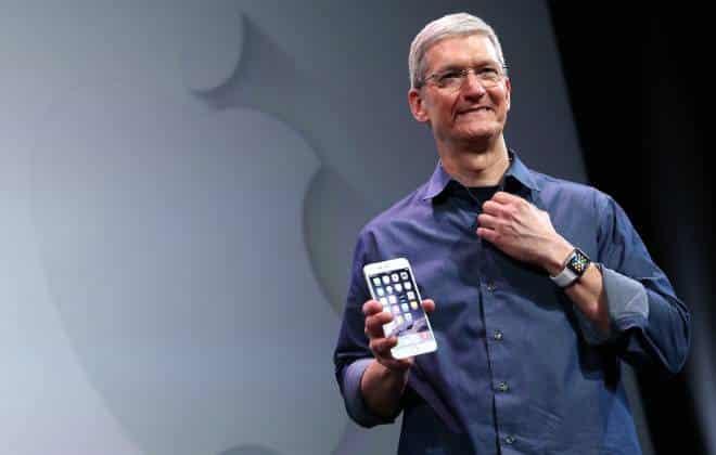 Apple vendeu 61 milh�es de iPhones em 2015, mas iPad segue em queda