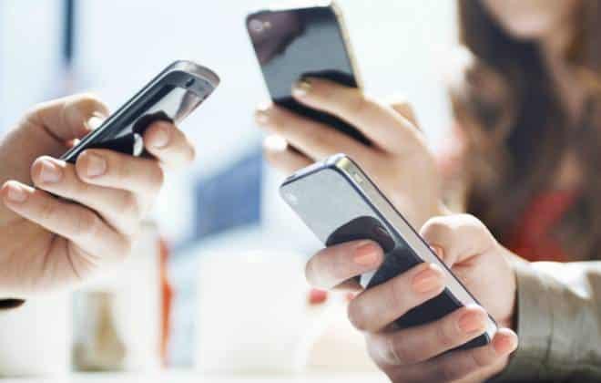 Venda de smartphones no Brasil cai pela 1� vez