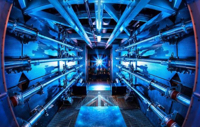 Pesquisadores disparam pulso de laser mais poderoso do mundo