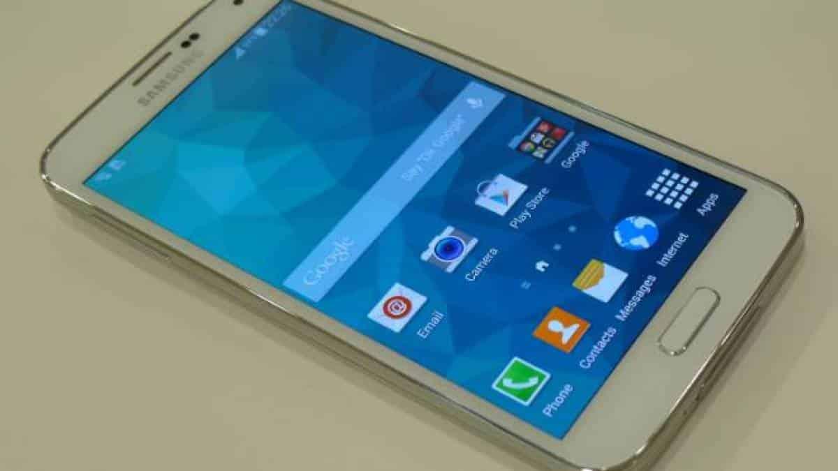ccc5859ba0 Cansou da TouchWiz  Saiba como mudar a interface do seu celular Samsung