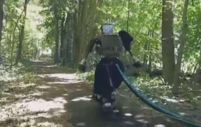 Robô humanoide do Google corre pela primeira vez ao ar livre; veja