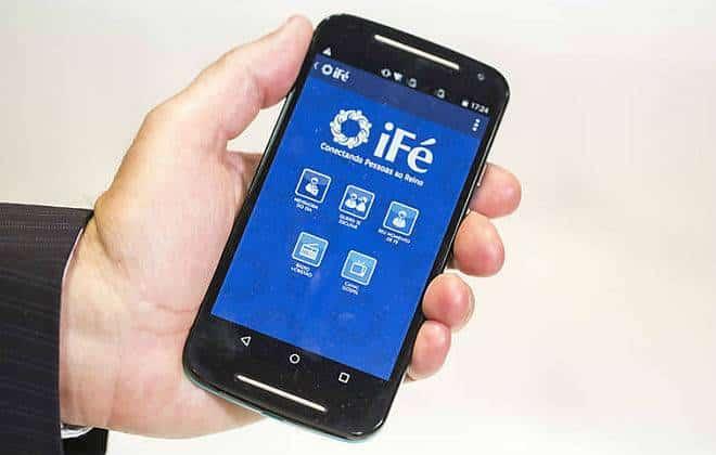 Conheça o iFé, app que permite até pagar o dízimo pelo smartphone