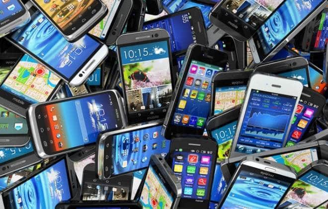 Impostos podem encarecer smartphones; veja lista