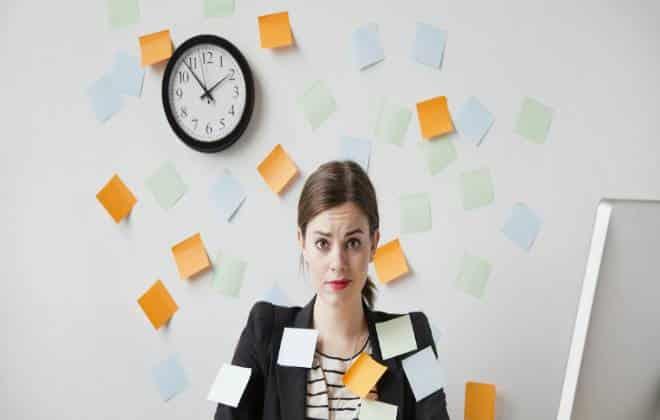 5 sintomas de que voc� � viciado em trabalho
