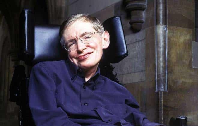 Stephen Hawking explica o risco da evolução da inteligência artificial
