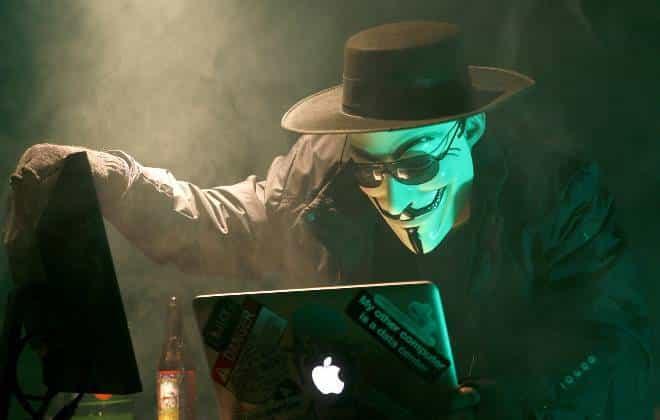 Anonymous derruba mais de 5 mil contas do Estado Islâmico no Twitter
