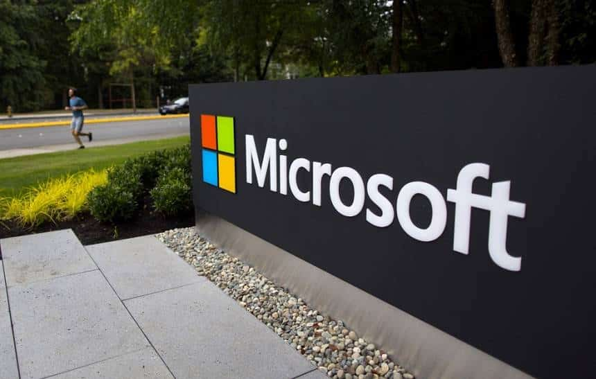 Microsoft demitir� 'dezenas' de funcion�rios da �rea m�vel