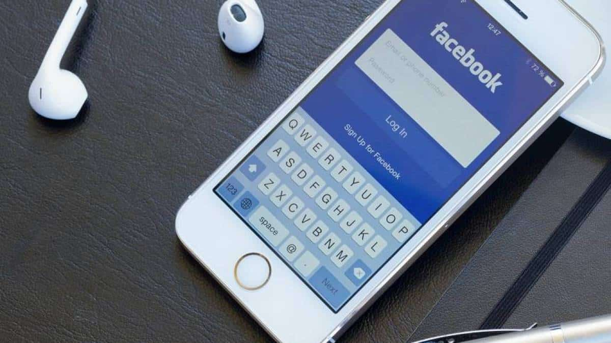 Facebook iPhone 6S