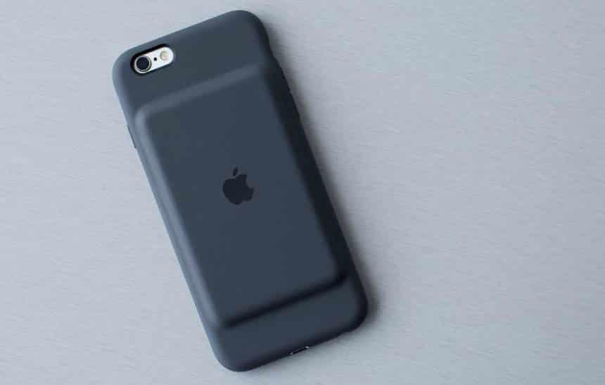 Apple traz ao Brasil case de bateria para iPhone por R$ 800