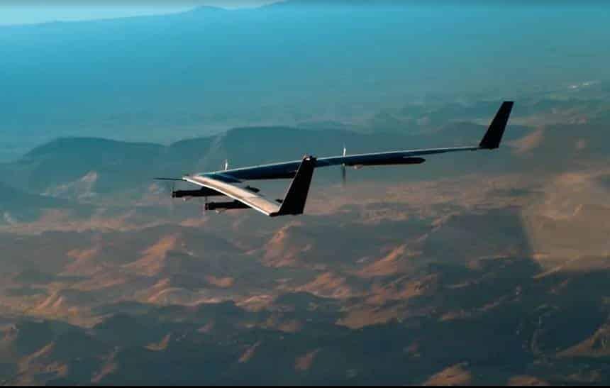 Avião do Facebook que leva internet ao mundo passa por primeiro teste