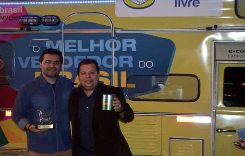 Vendedor de 'Bosta em Lata' � eleito o melhor do Brasil pelo Mercado Livre