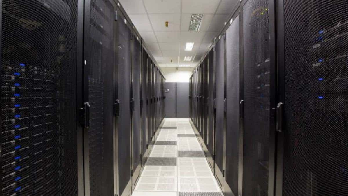 Data Center corredor servidores racks