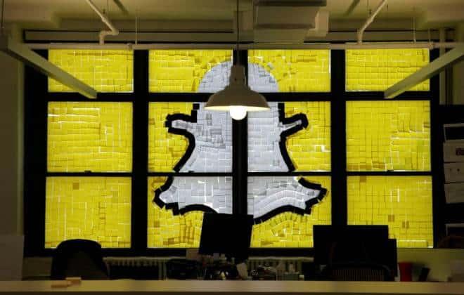 Ex-funcionário do Snapchat acusa a empresa de fraude
