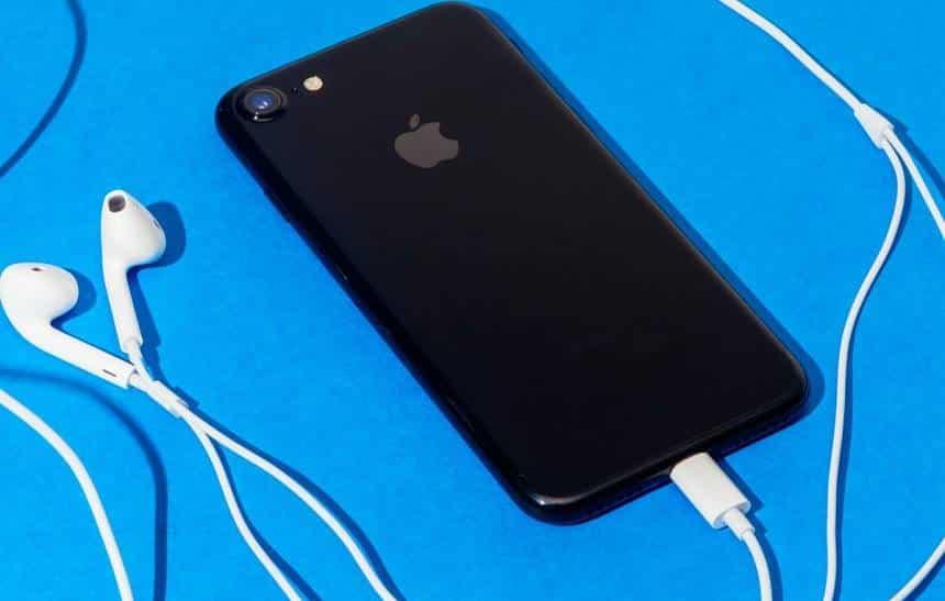 Adolescente fez jailbreak no iPhone 7 em menos de 24 horas