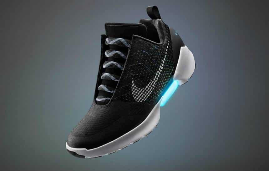 Nike lançará tênis que se adapta aos pés do usuário em novembro