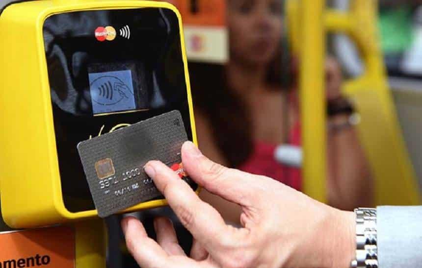 Você já pode pagar o ônibus com cartão de débito ou crédito em SP