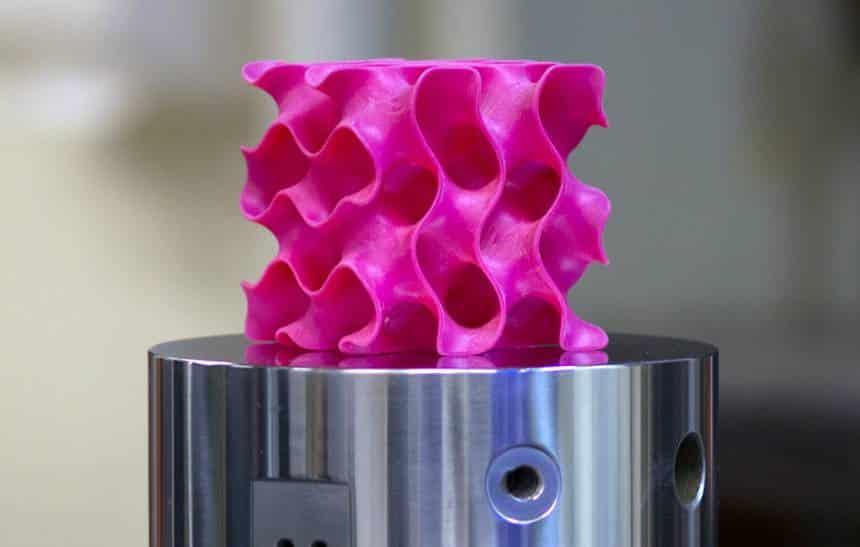 MIT cria material 10 vezes mais resistente e 20 vezes mais leve que aço