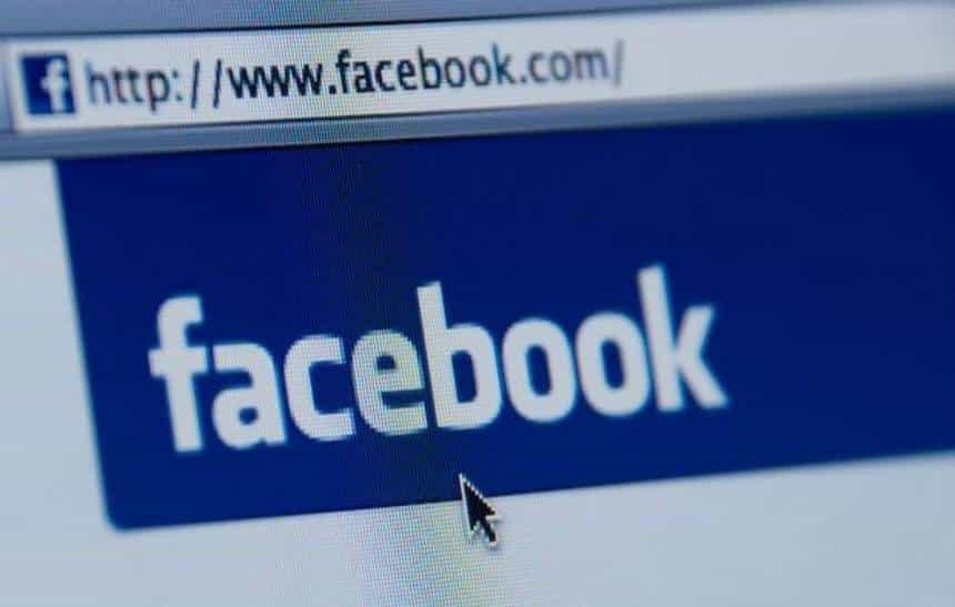 Facebook pede desculpas por instabilidade na rede social