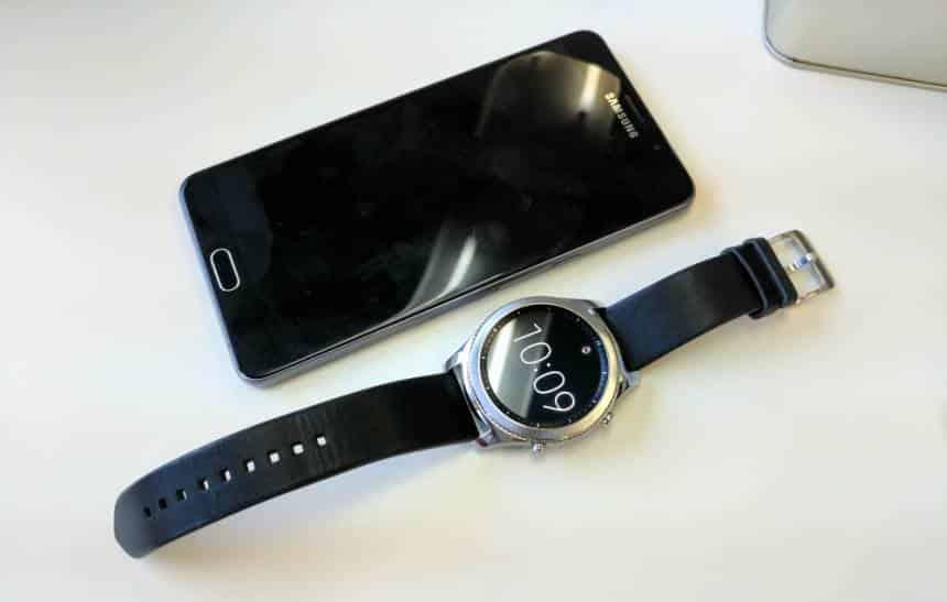 Testamos  Gear S3 é o melhor smartwatch do Brasil, o que não significa muito 575e06747d