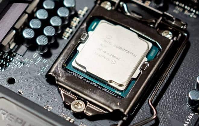 Intel promete processadores de 10 nanômetros 30% mais baratos que concorrência