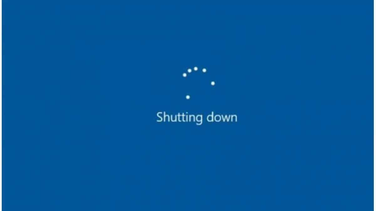 windows 10 shut down desligando update
