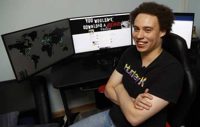 'Não sou nenhum herói', diz jovem que achou solução para onda de ciberataques