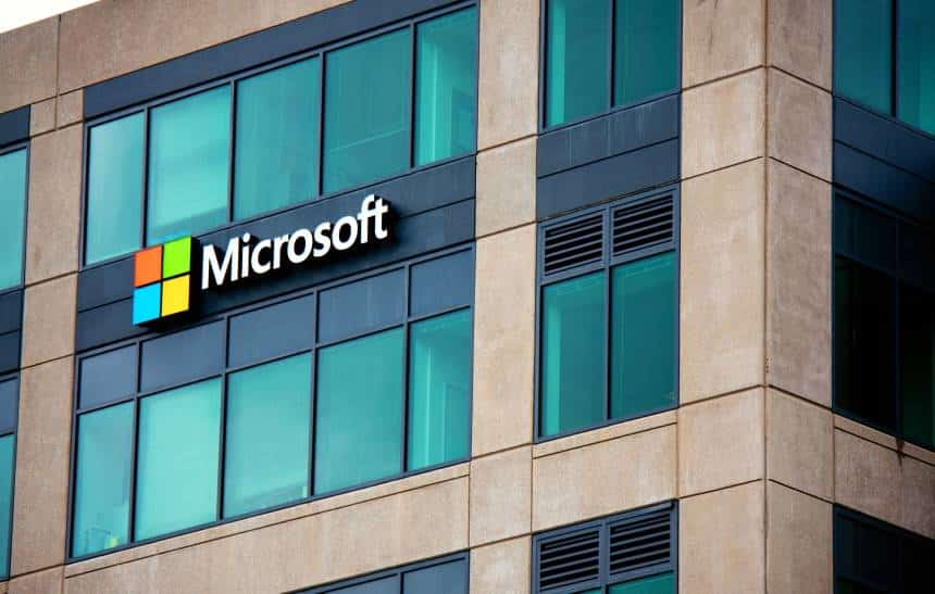 Microsoft libera compra de softwares para o mercado corporativo em real