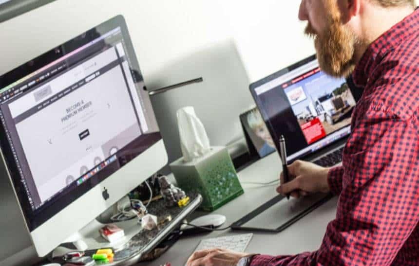 54% das empresas afirmam que faltam profissionais com habilidade digital
