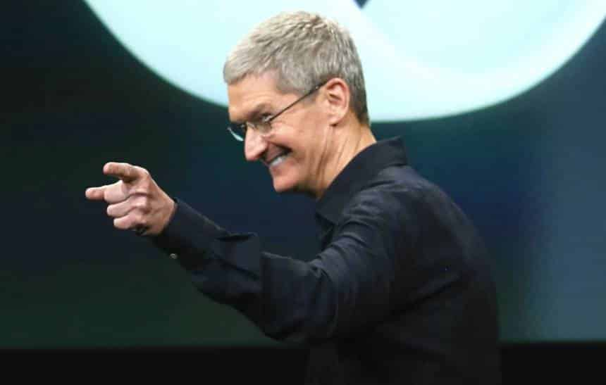 Tim Cook defende o preço do iPhone X
