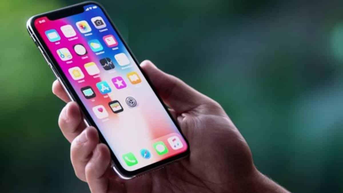 a06ca7d0d64 Preço do iPhone X permite passar 7 dias nos EUA e comprar o celular no  exterior
