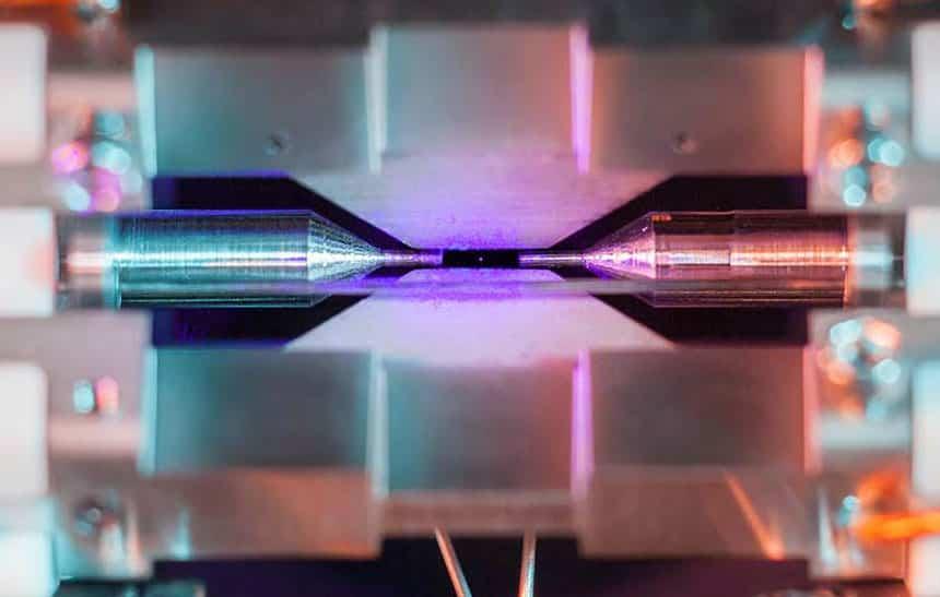 Estudante vence prêmio de fotografia com foto inédita de um átomo