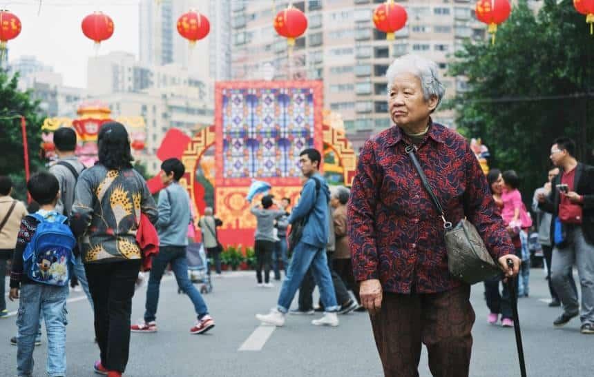 China vai punir pessoas com nota baixa em sistema tirado de 'Black Mirror'