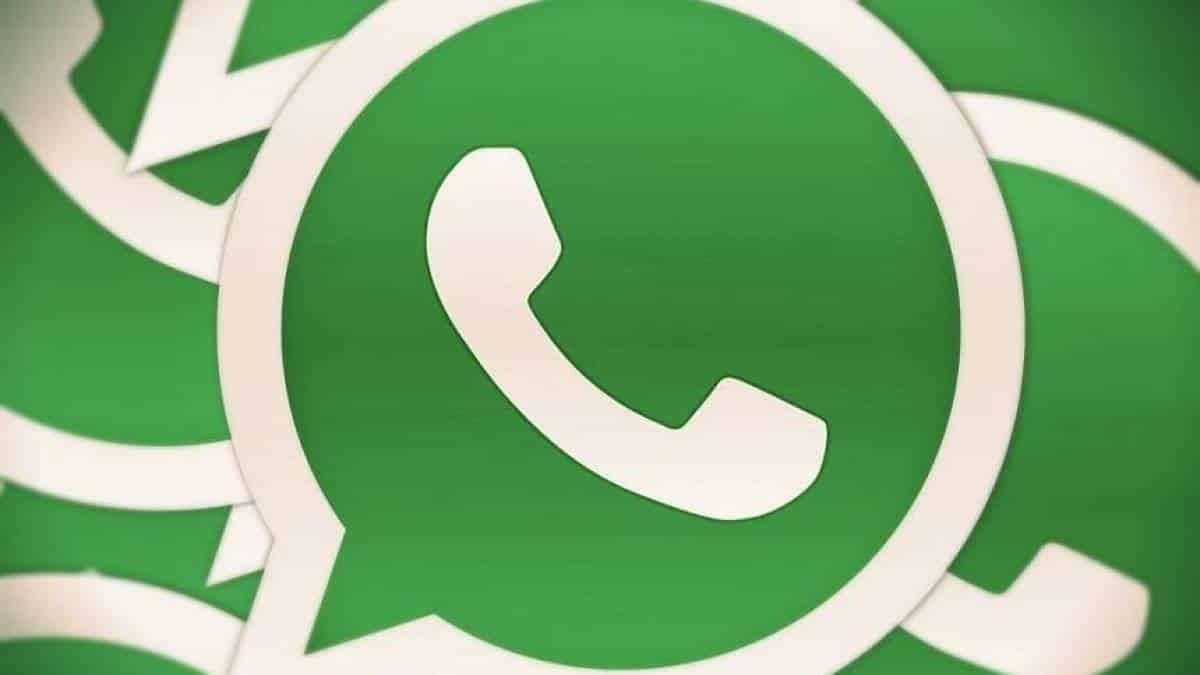 6cad65584b7 Veja como alterar a cor do seu WhatsApp em celulares Android