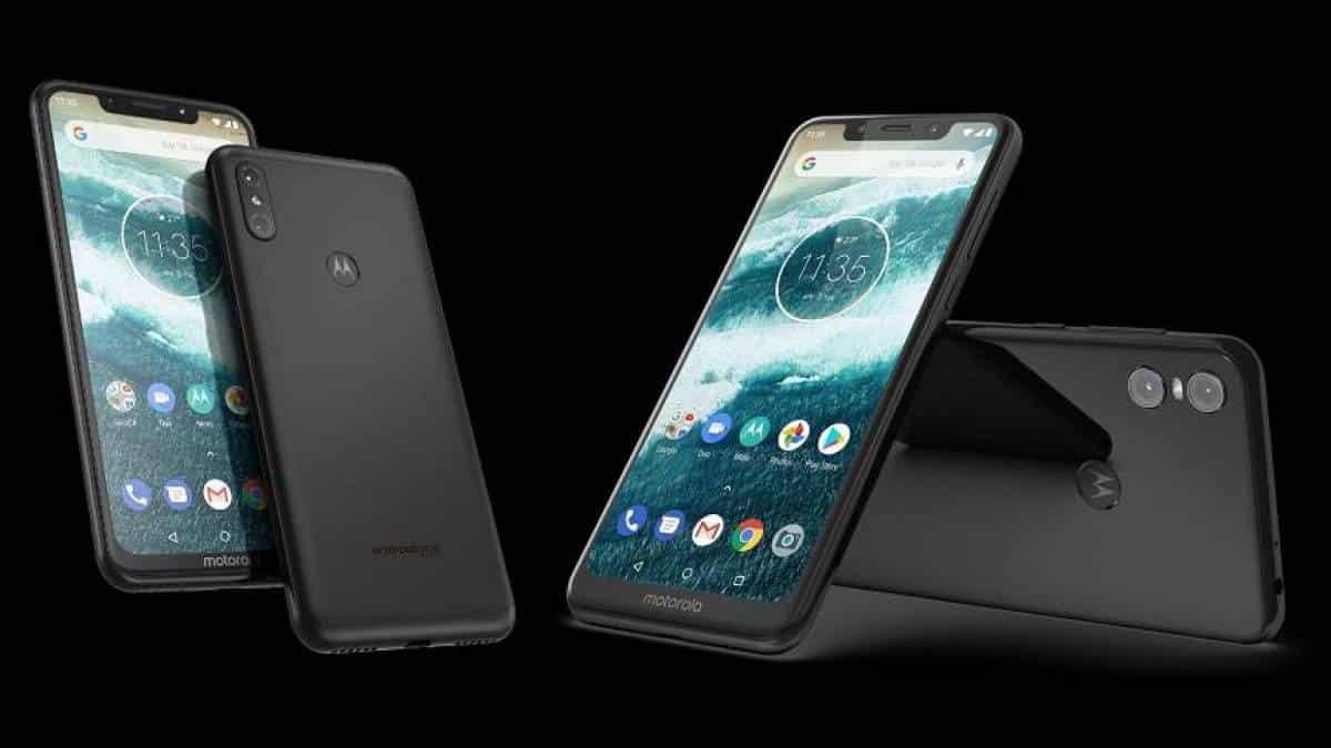 40e331a14 Motorola apresenta One e One Power com Android One e entalhe na tela