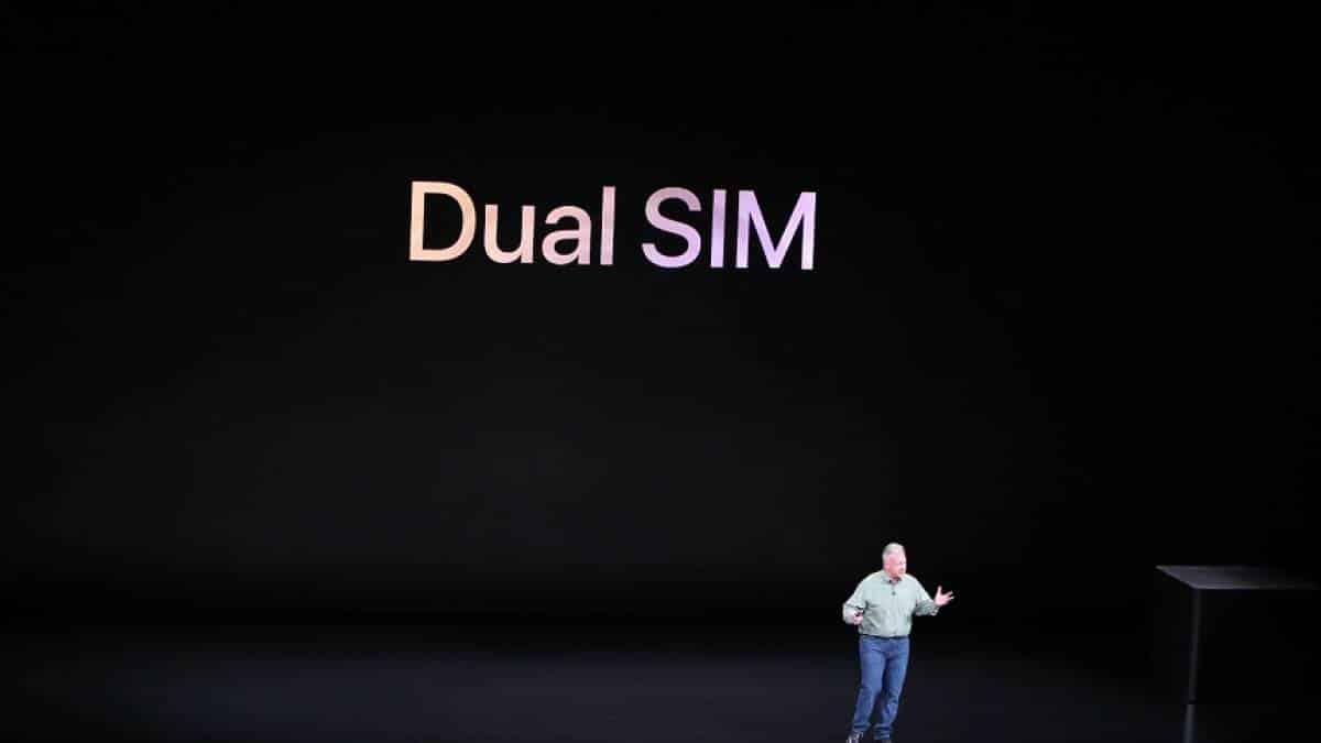 c2fe15495 iPhones finalmente têm suporte a dois chips  entenda como vai funcionar